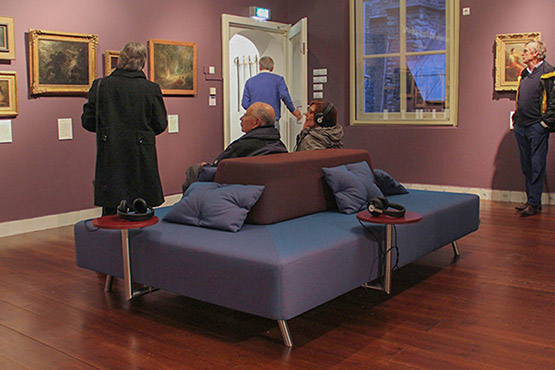 Cases Museum Gouda plain commercial sofa